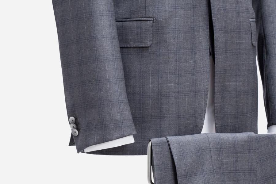 Anzug maßgeschneidert